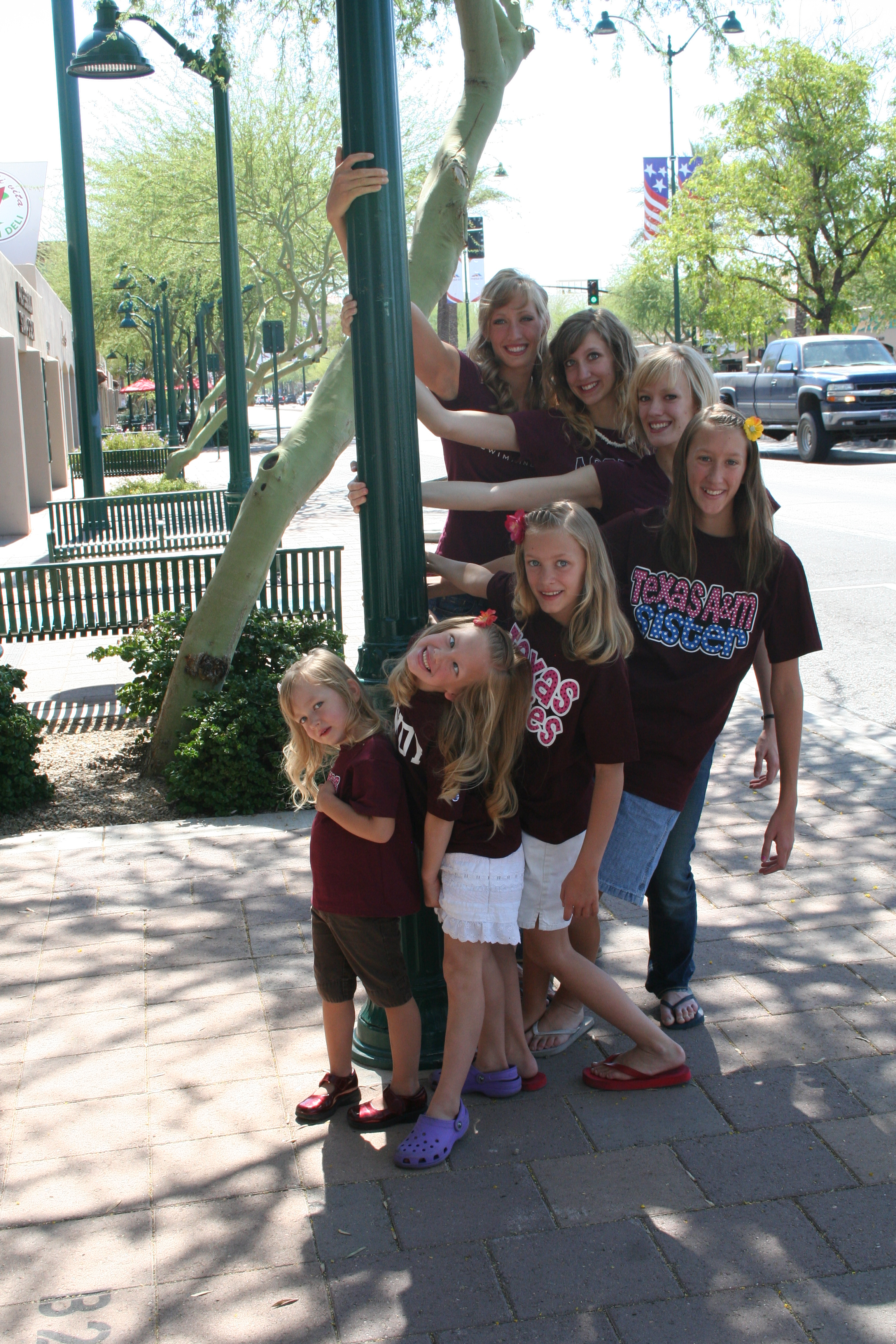 Breeja Larson's Mormon family has 7 daughters.